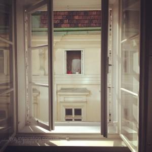 окно, которым можно наслаждаться часами